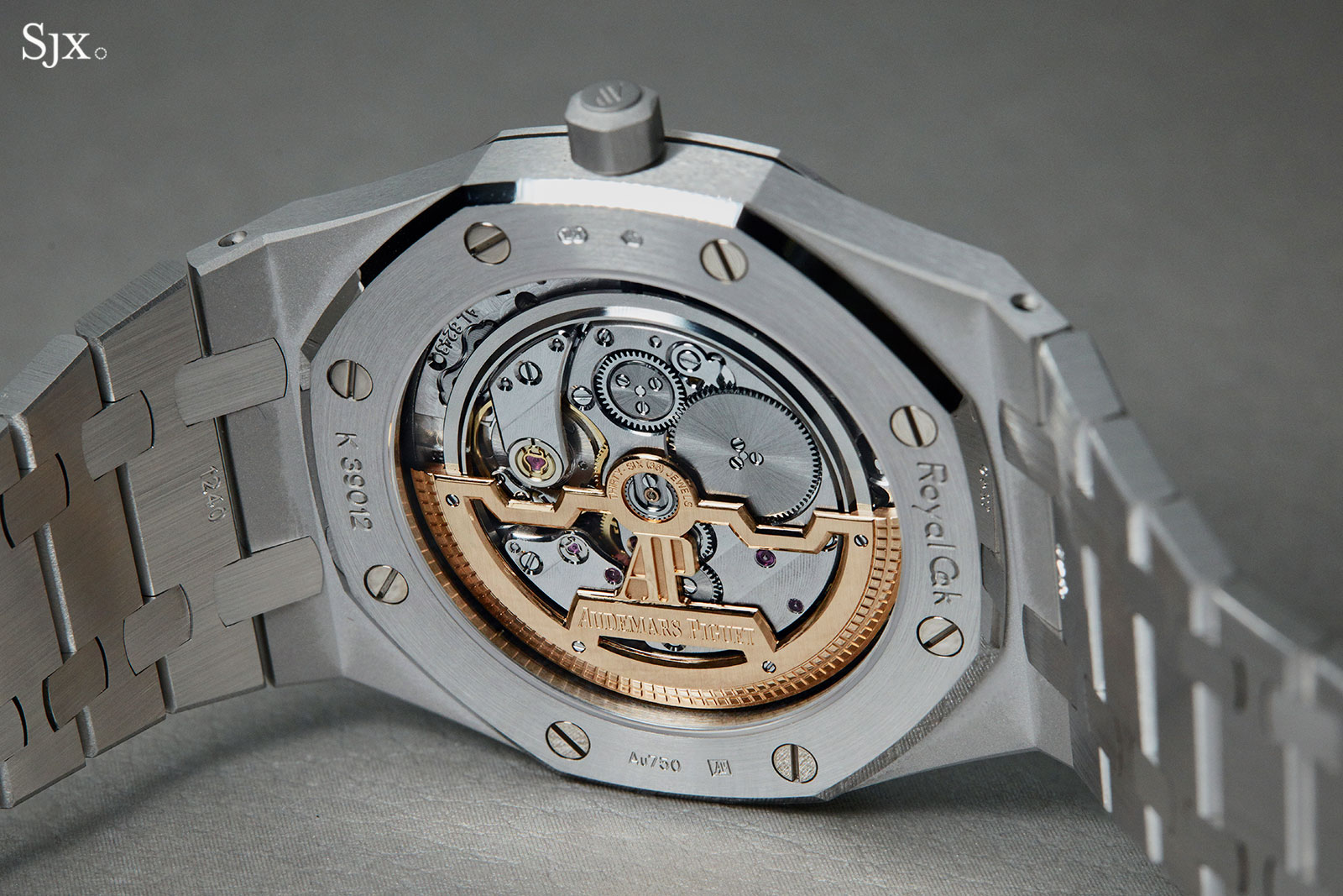 Audemars Piguet Royal Oak Salmon white gold 15202BC 05