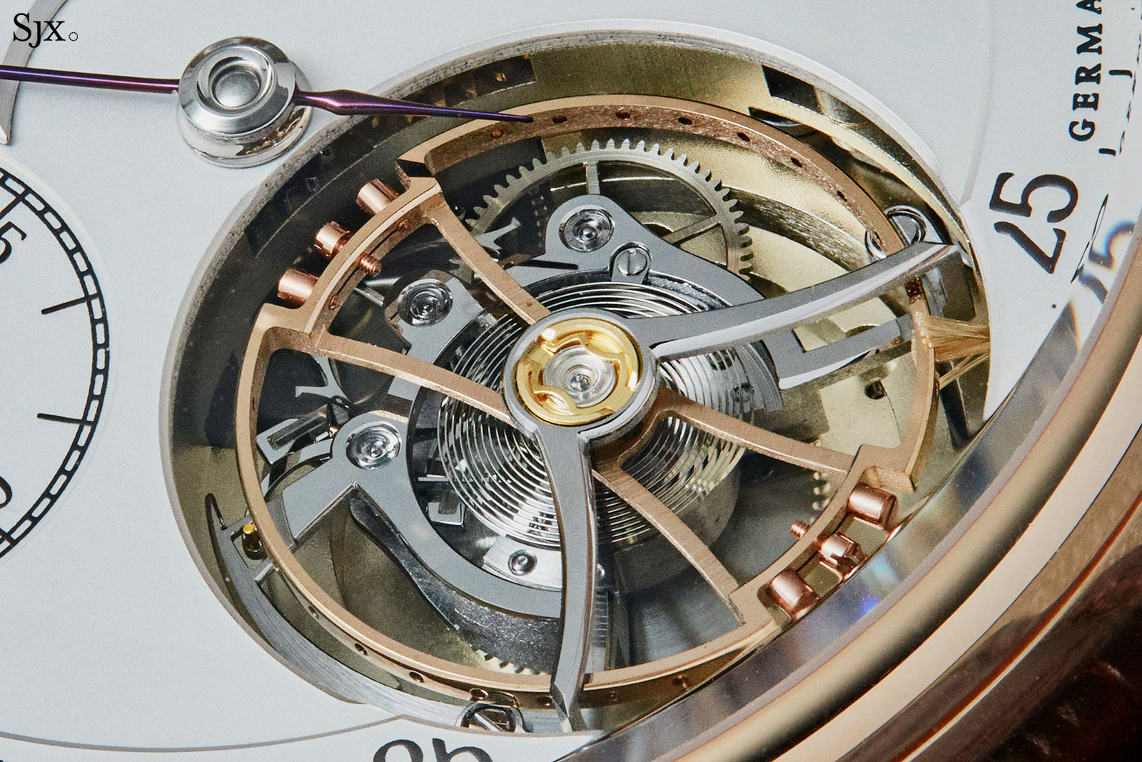 Moritz Grossmann Benu tourbillon rose gold 4