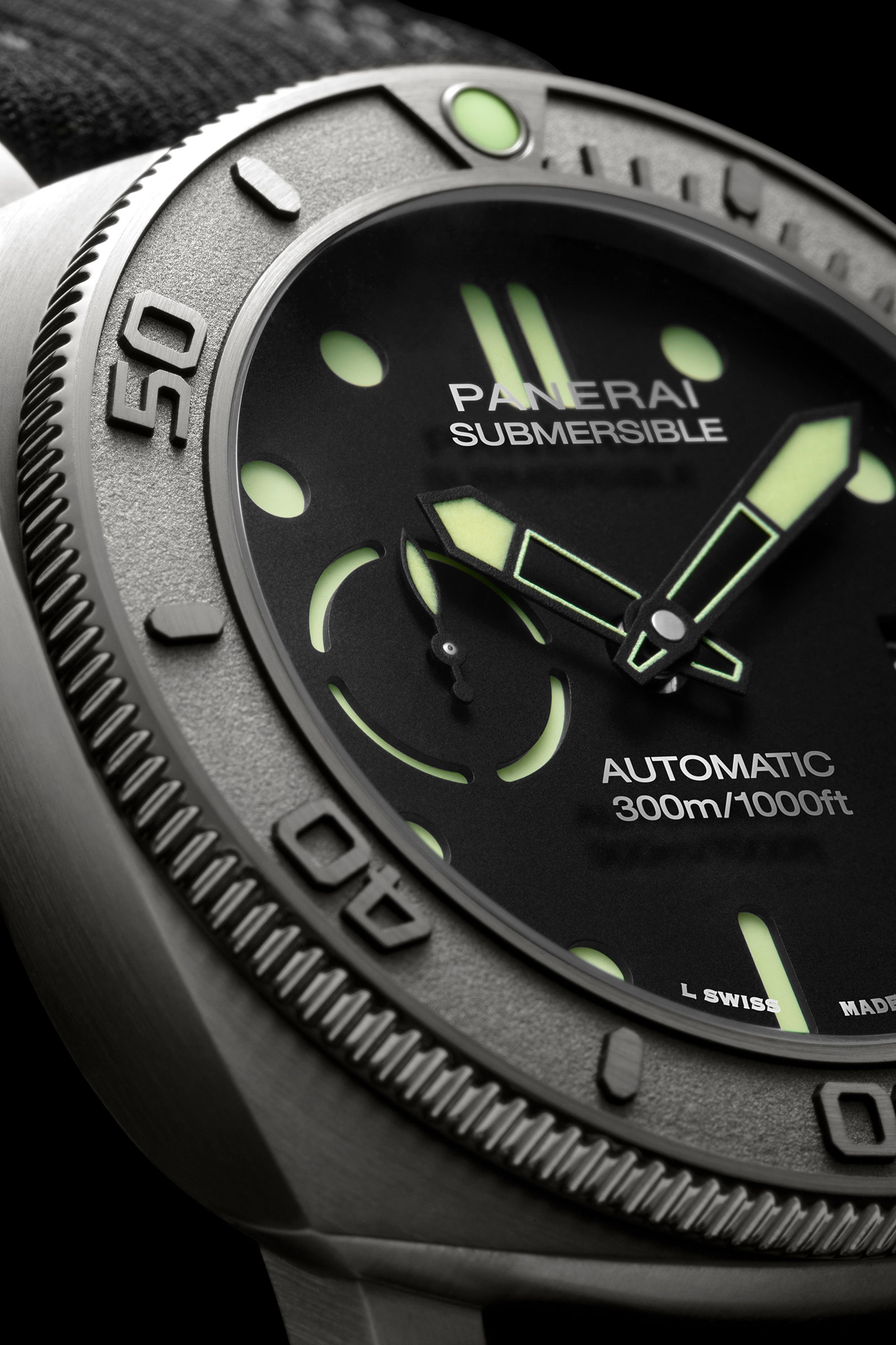 Panerai-Submersible-Mike-Horn-Pam984-2