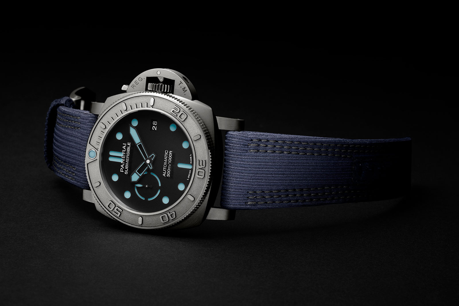 Panerai-Submersible-Mike-Horn-Pam985-3