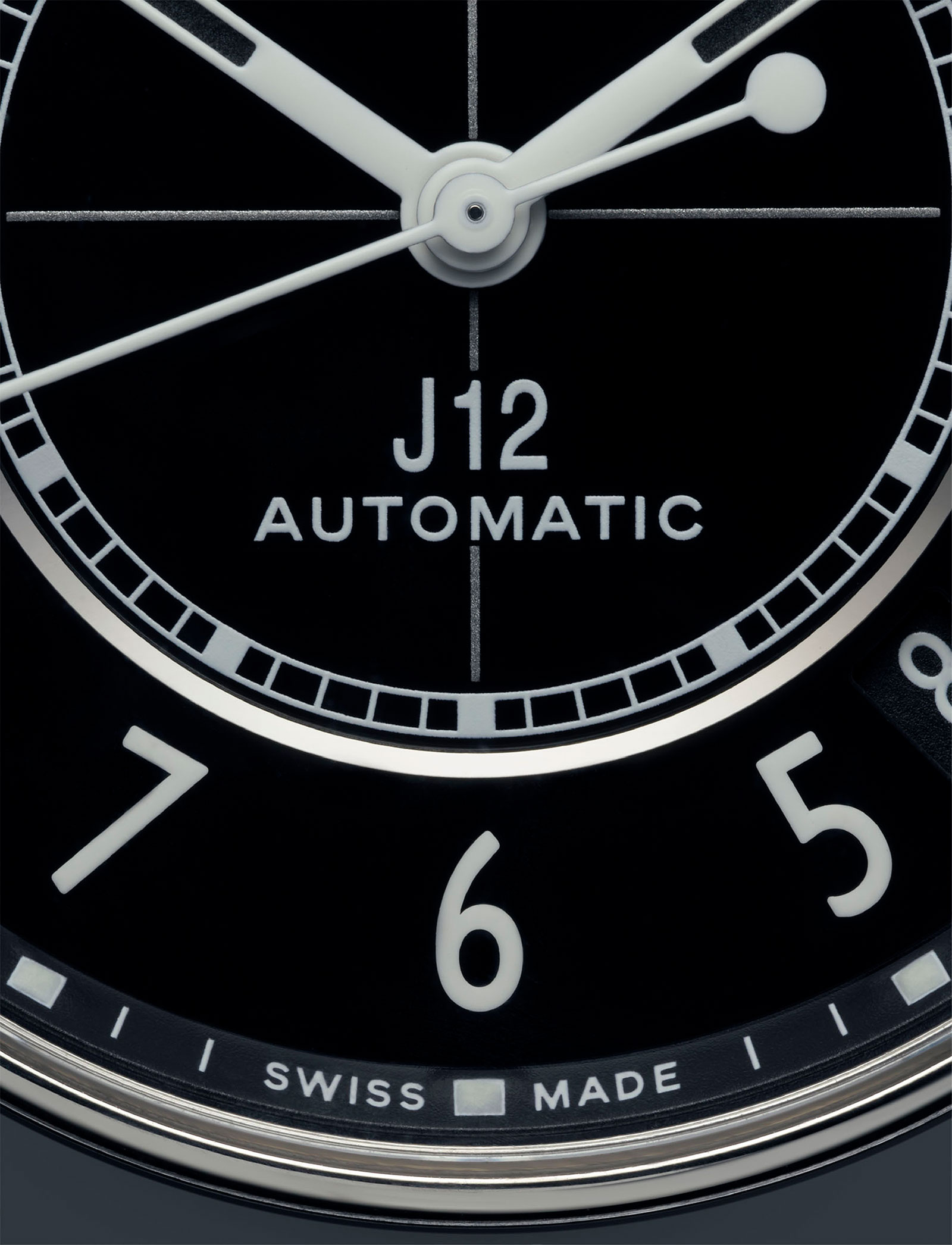 Chanel J12 new H5697 dial