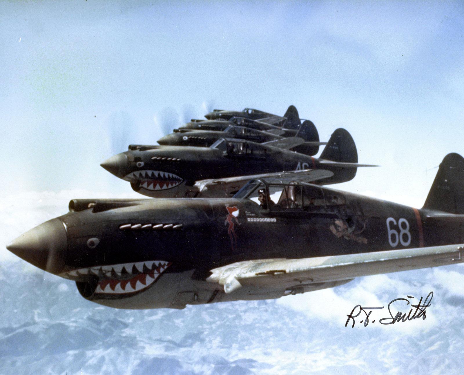 Hells_Angels,_Flying_Tigers_1942_p40_warhawk