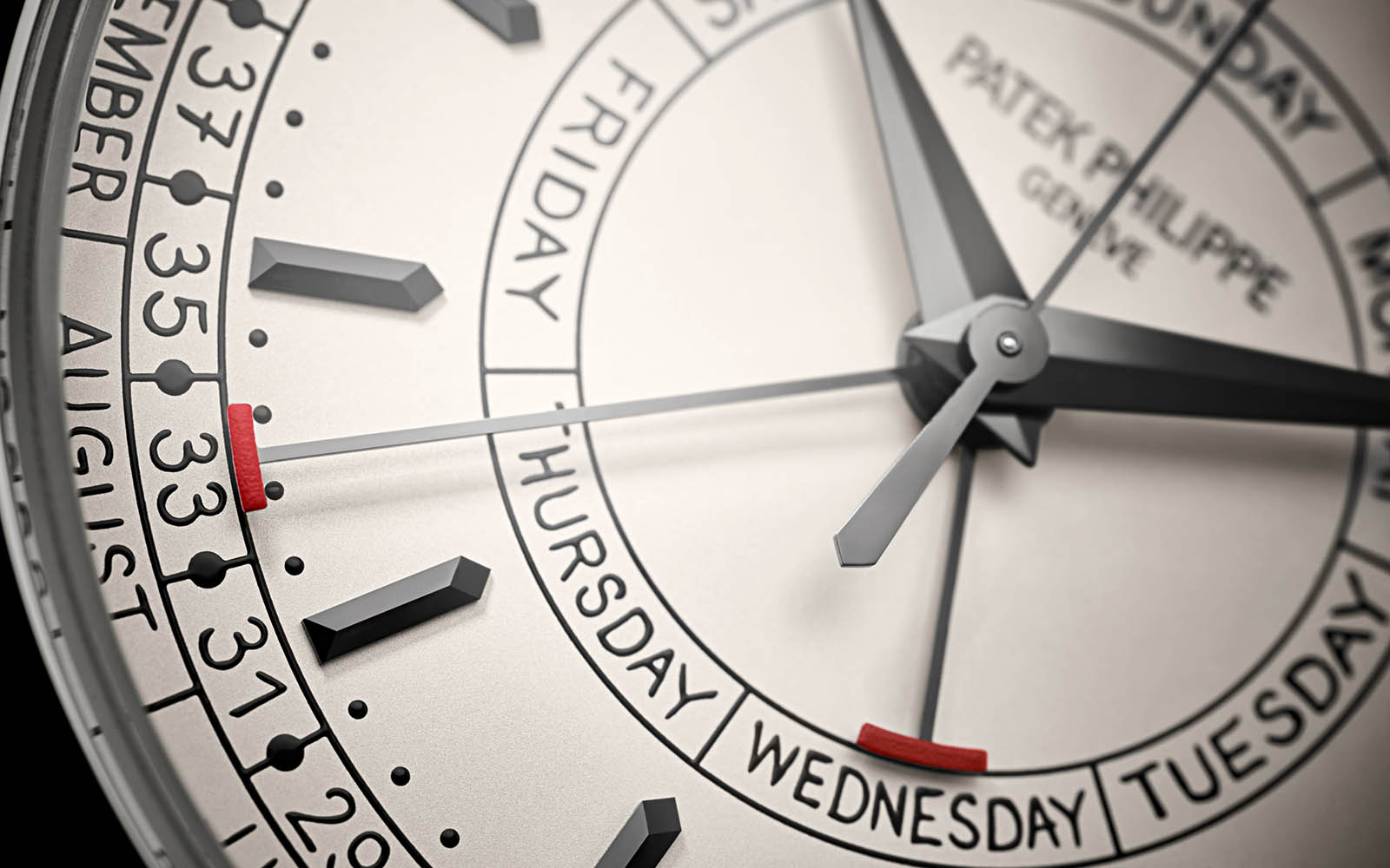 Patek Philippe ref. 5212A Calatrava Weekly Calendar 4