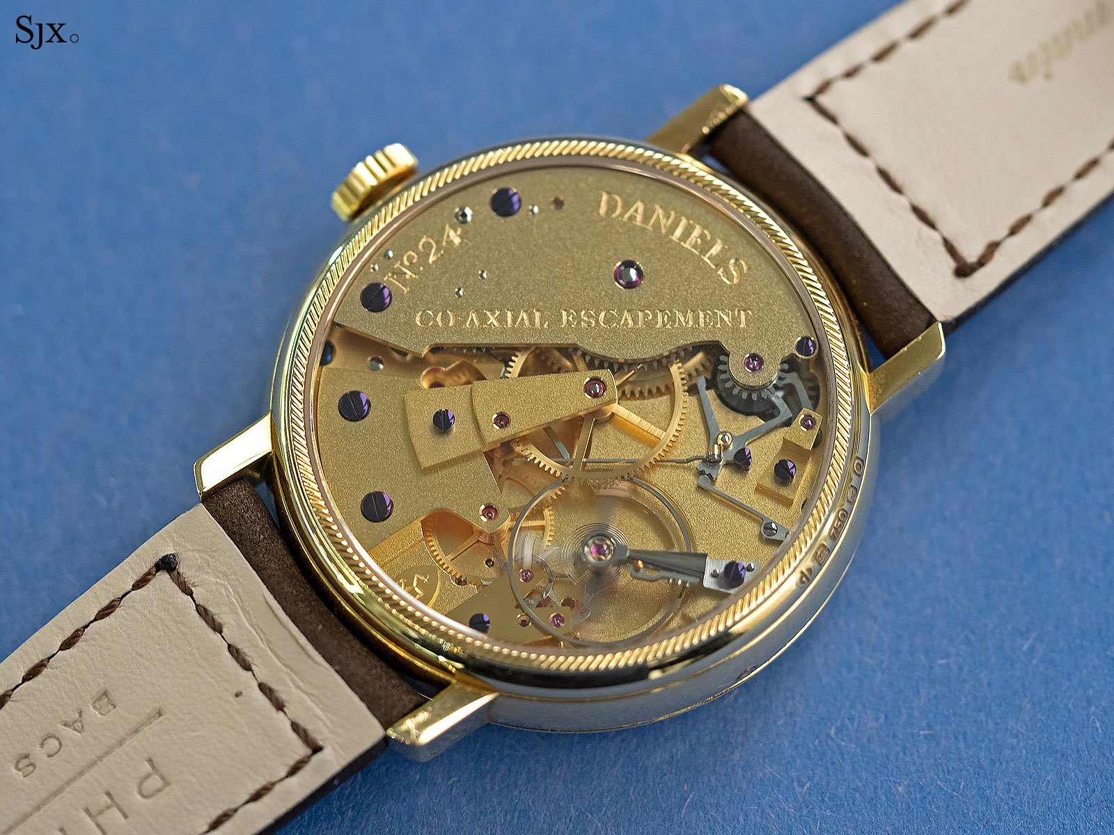 George Daniels Anniversary Watch yellow gold no24 8