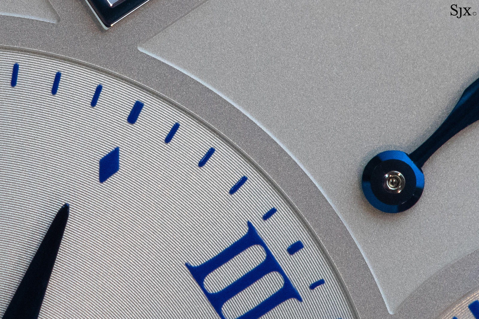Lange 1 25th Anniversary main dial close up