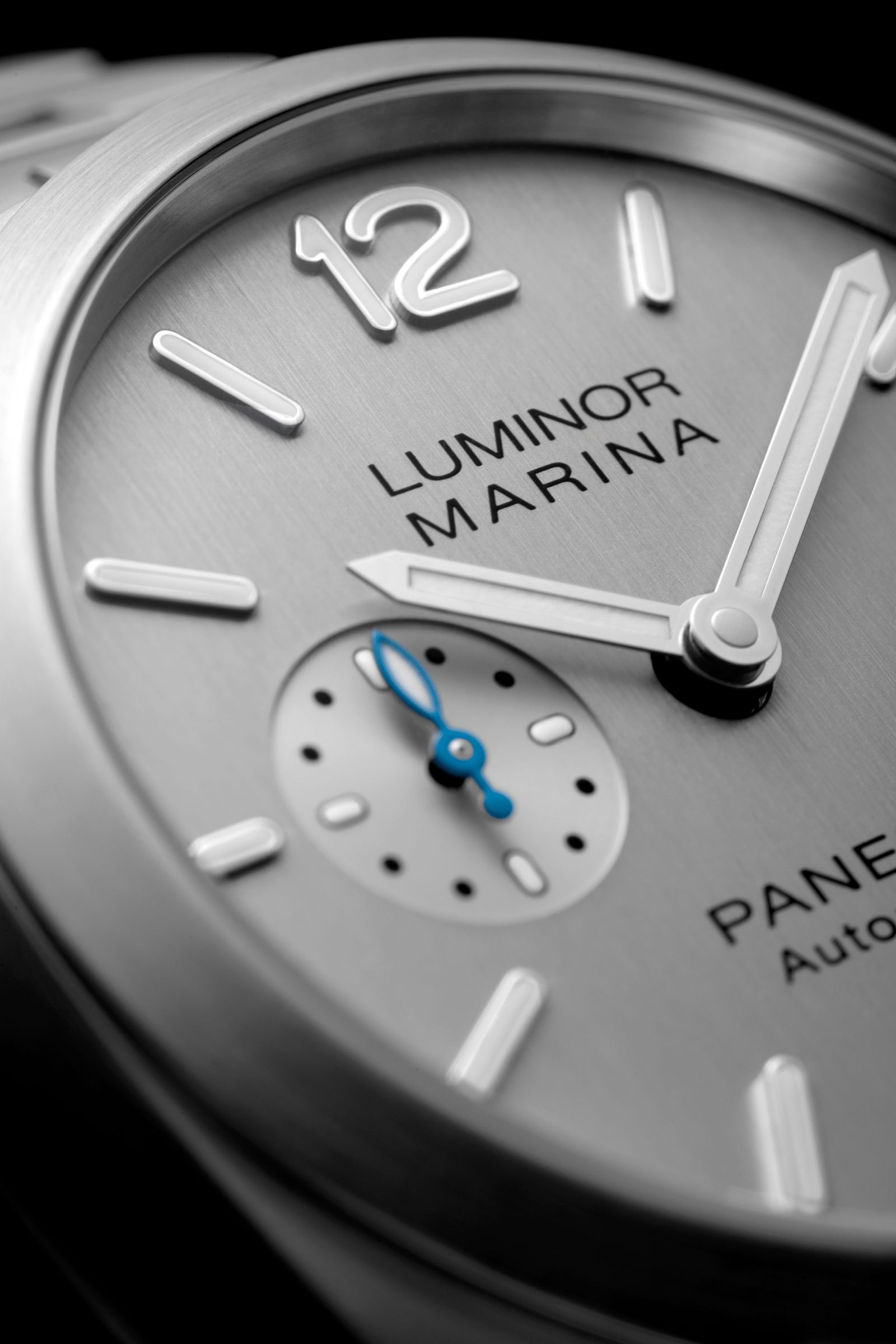 Panerai Luminor Marina 42mm dial close up
