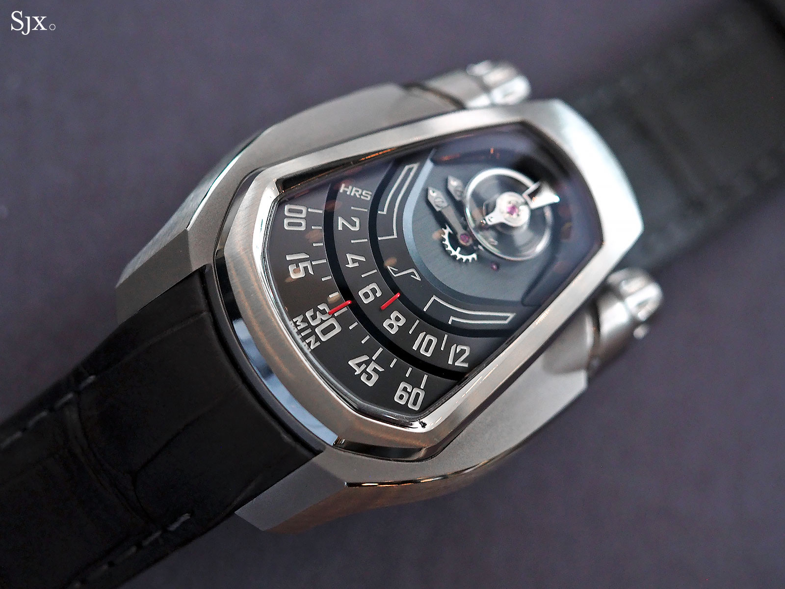 Phenomen Axiom watch titanium 3