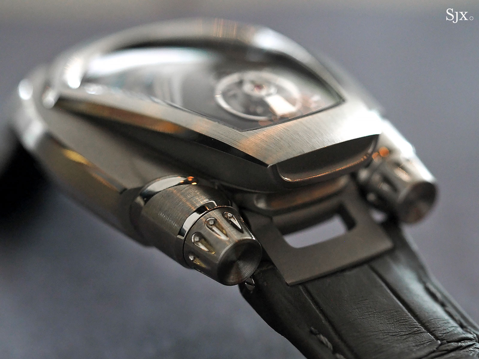 Phenomen Axiom watch titanium 6