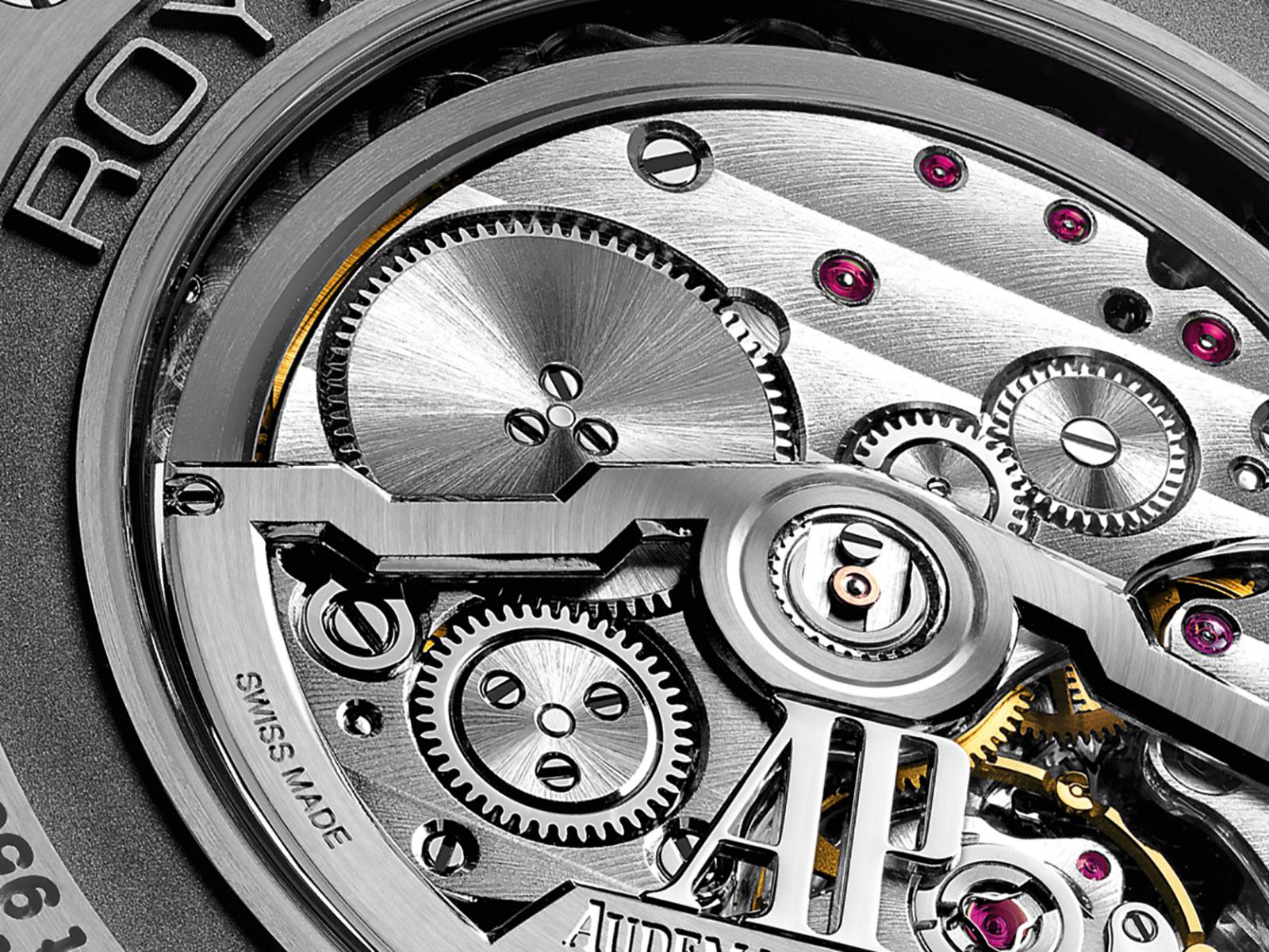 Audemars-Piguet-Royal-Oak-Perpetual-Calendar-Ultra-Thin-9