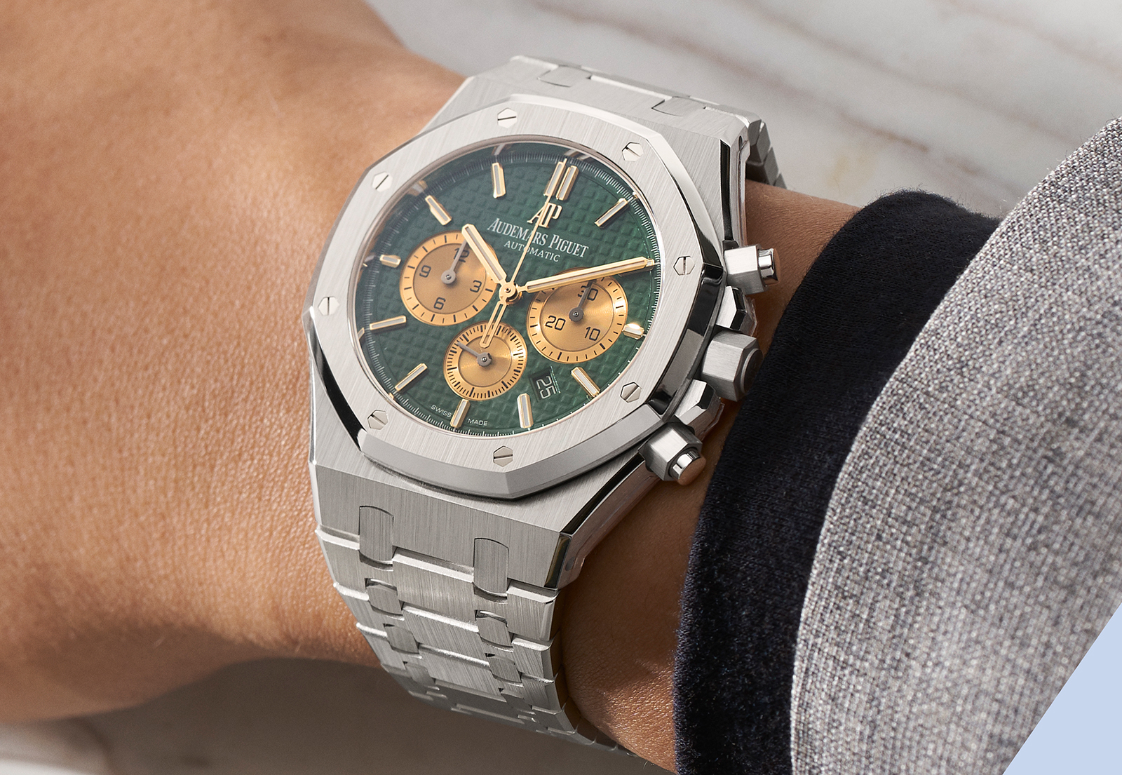 Audemars Piguet Royal Oak Self-winding Chrongraph The Hour Glass 1