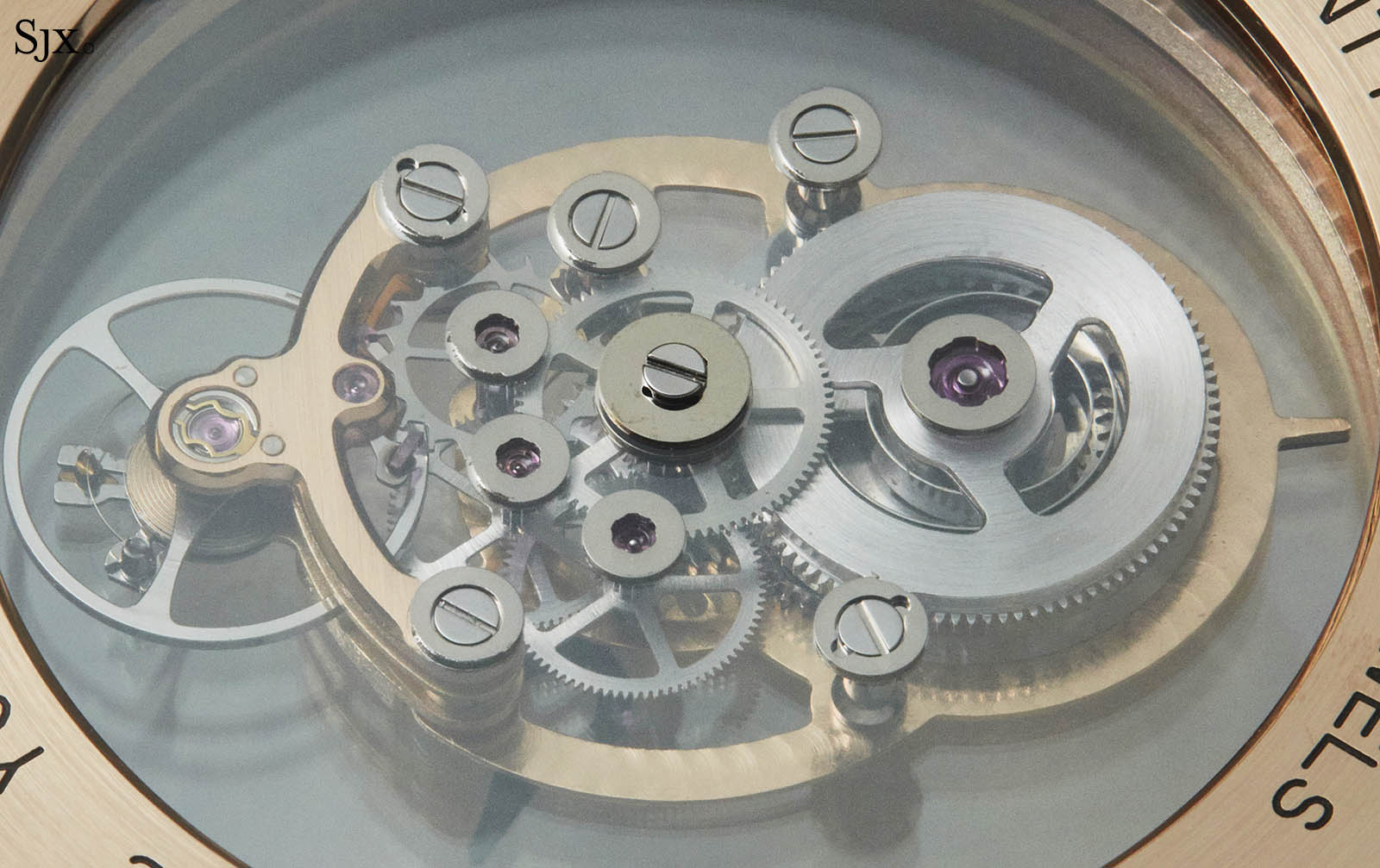 Rotonde de Cartier Astromysterieux in pink gold 9