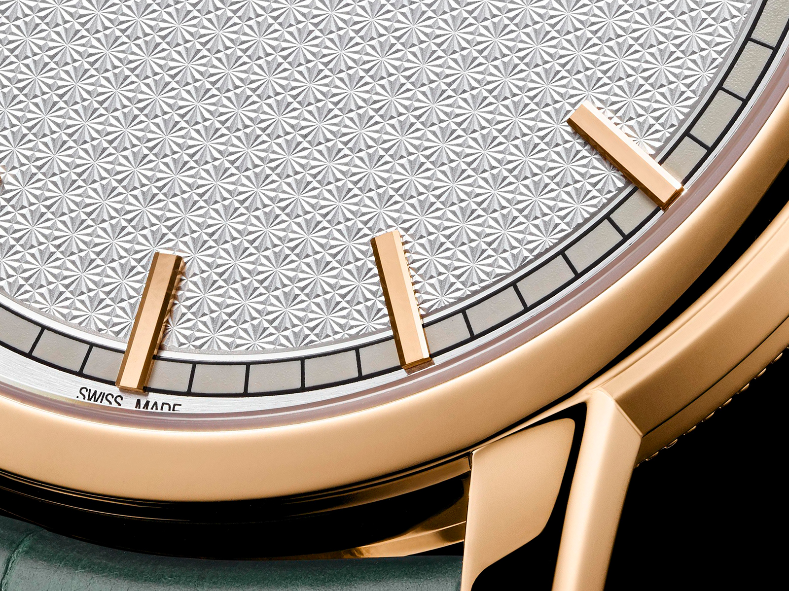 Vacheron Constantin Traditionnelle Self-Winding Harrod_s dial close up