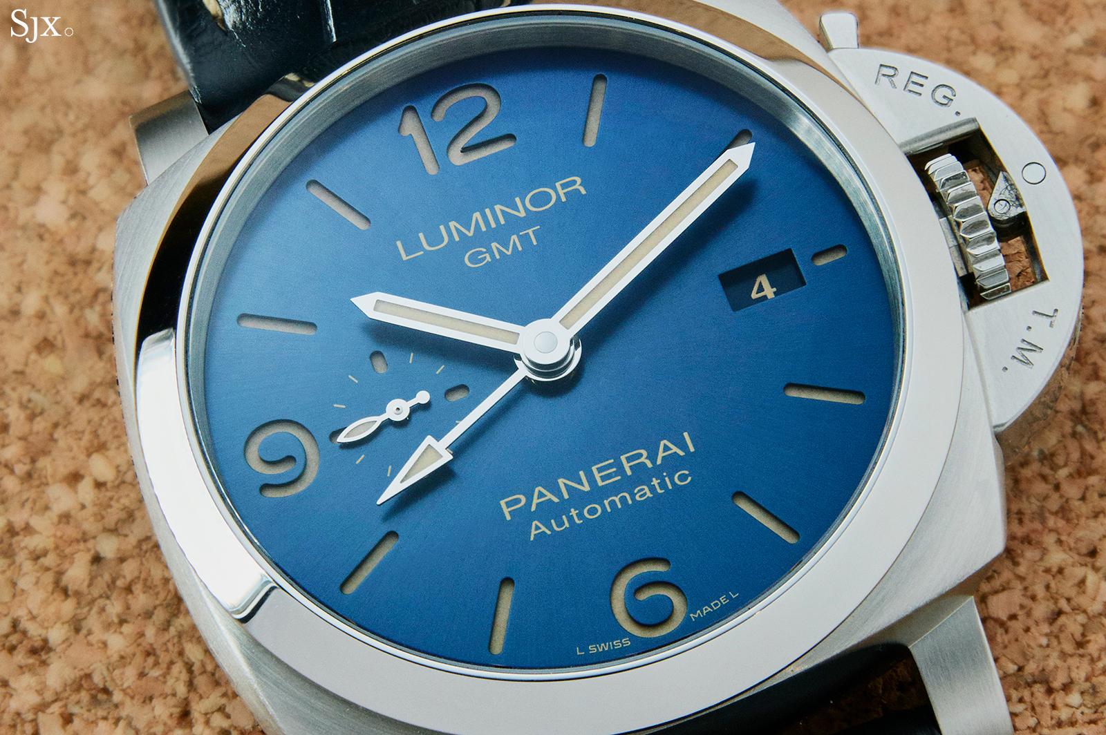 Panerai Luminor GMT PAM1033 dial 3
