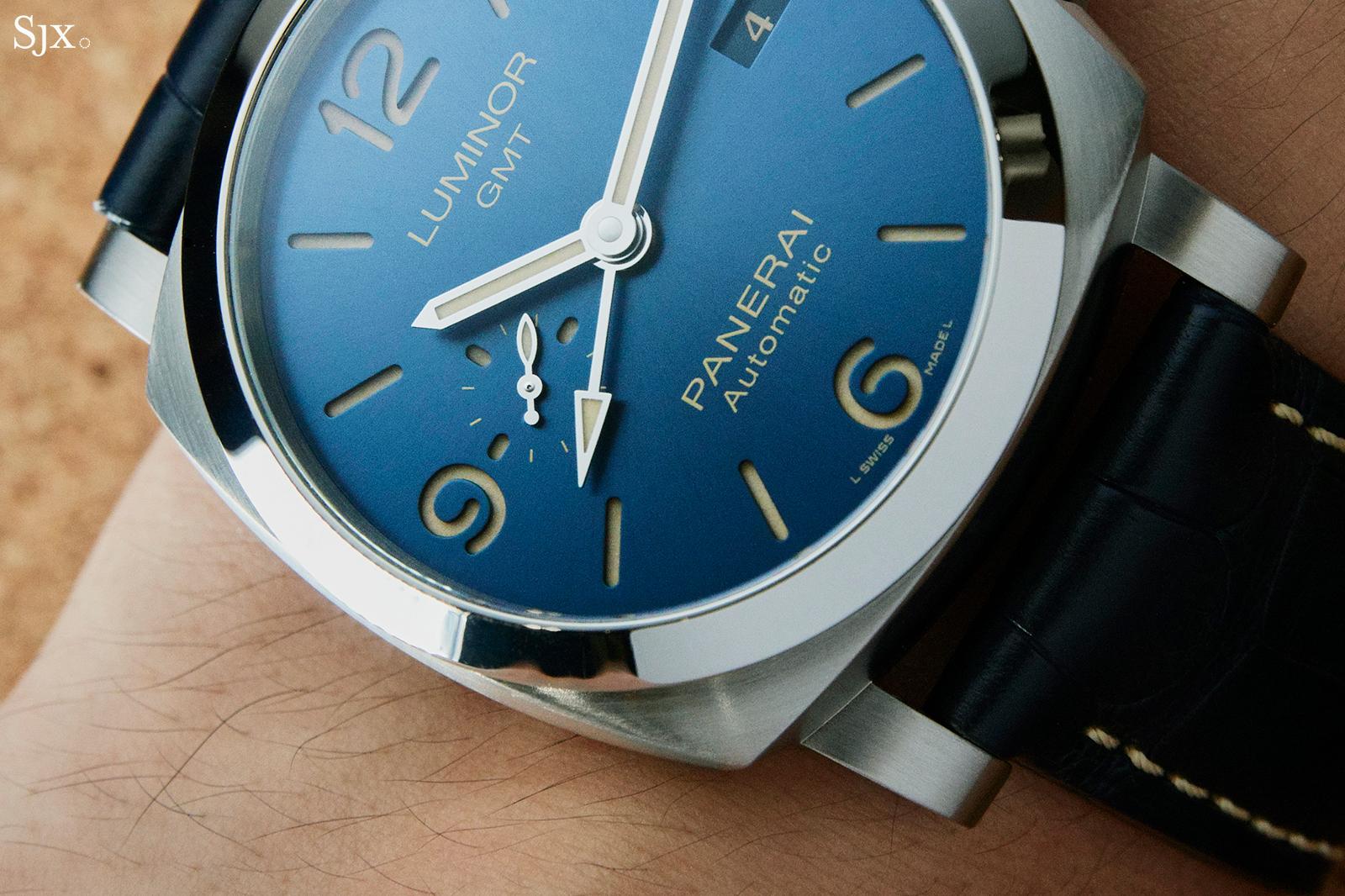 Panerai Luminor GMT PAM1033 on hand