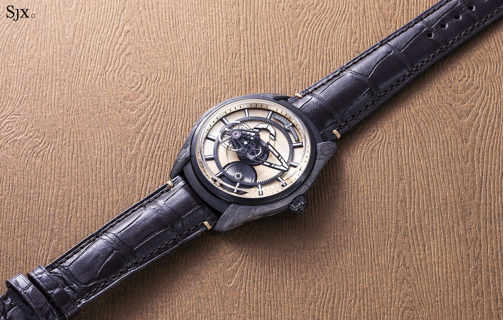 Ulysse Nardin The Hour Glass Freak X Carbonium Gold 1