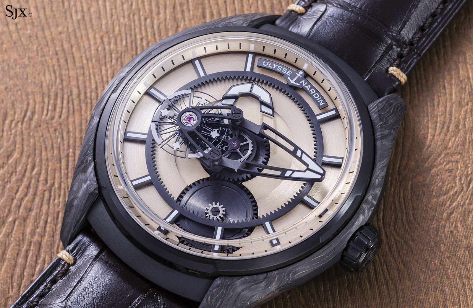 Ulysse Nardin The Hour Glass Freak X Carbonium Gold