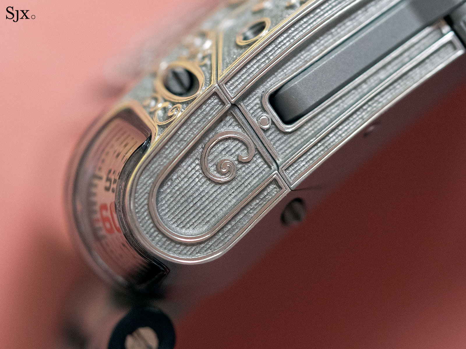 urwerk UR-111c pistol 5