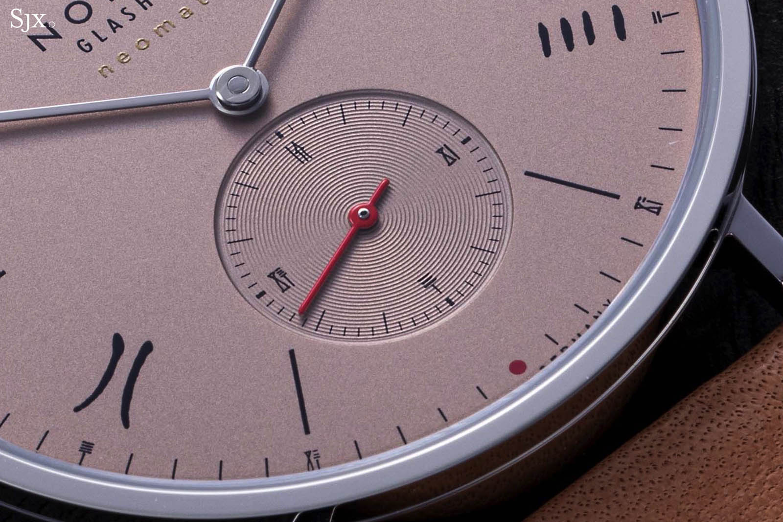 "Tangente Neomatik 39 Red Dot ""The Hour Glass"" Limited Editions-6"