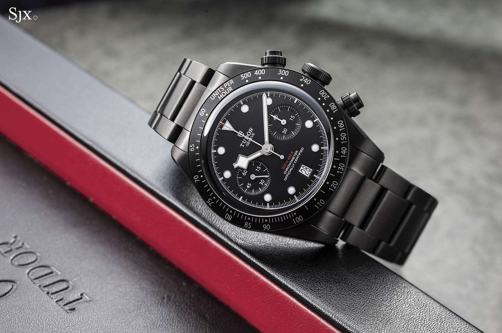Tudor Black Bay Dark Chrono 3