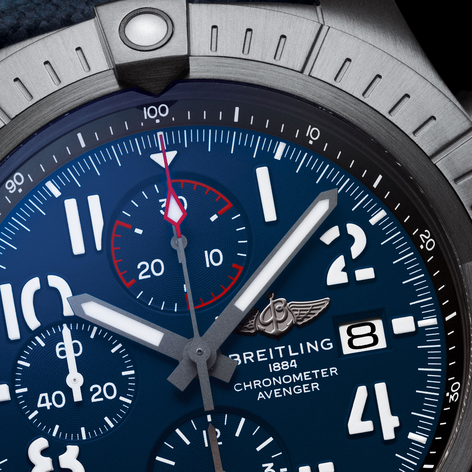 breitling super avenger chronograph 48 night mission dial