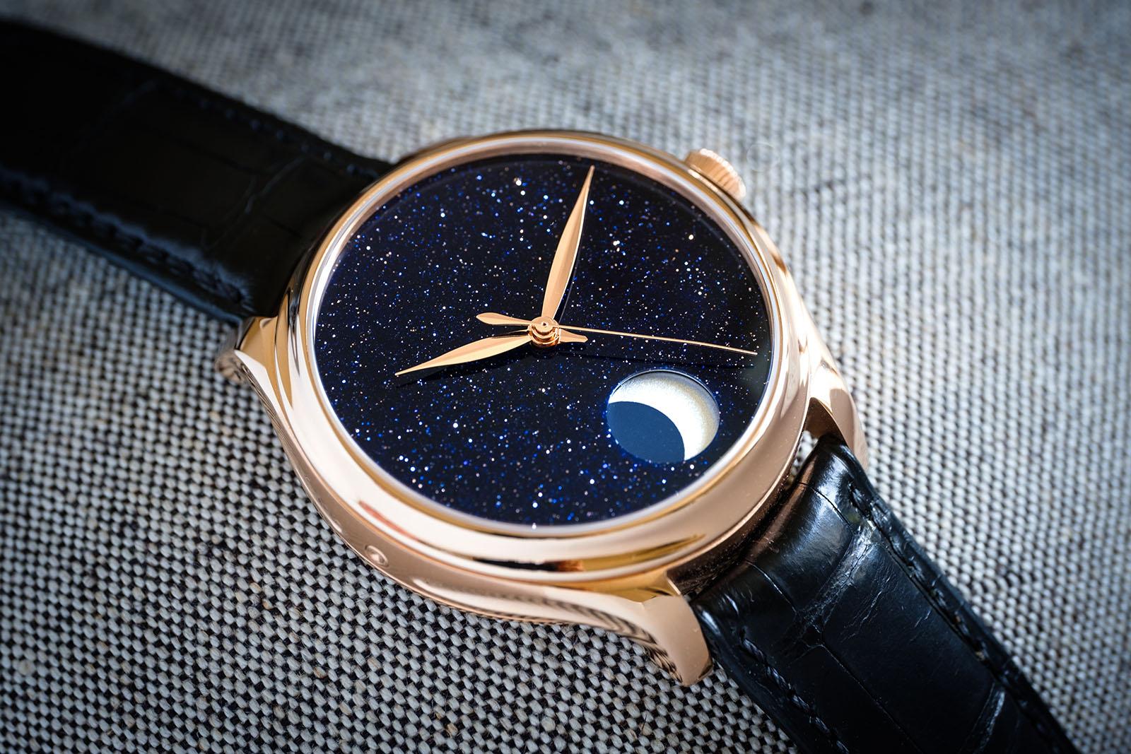 https://watchesbysjx.com/wp-content/uploads/2019/11/H.-Moser-Cie.-Endeavour-Perpetual-Moon-Concept-Aventurine.jpg